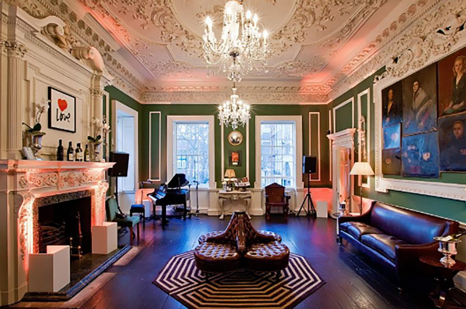 Art Talk at the House of St Barnabas in London